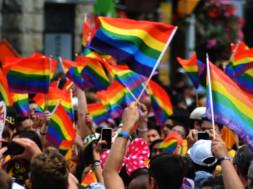 thumbnail-dr-drew-gay-pride-2019