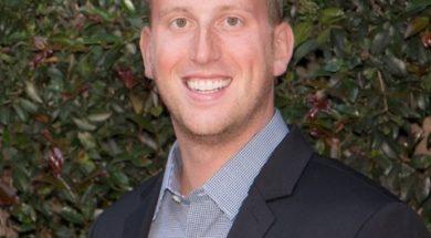 Dr Adam Harcourt
